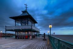 Clevedon Pier (Luis Sousa Lobo) Tags: img8263 clevedon pier england united kingdom canon 70d 1018 twilight sunset