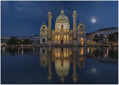 Full Moon @ Karlskirche (Giovanni Giannandrea) Tags: karlskirche moon vienna karlsplatz baroque saintcharlesborromeo reflections lunar stcharlesschurch cupola dome architecture