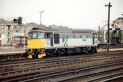 33050 Clapham Junction 1992 (jonf45 - 3 million views-Thank you) Tags: trains railway br british rail diesel locomotive class 33 crompton railfreight construction 33050 clapham junction 1992