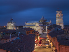 Into the blue (Wizard CG) Tags: pisa leaning tower sky closeup torre di bell piazza del duomo italia architecture building lean angle tilt blue bright tuscany hour rooftops square cathedral baptistery grand hotel rooftop landscape cityscape epl7 ngc world trekker hdr night