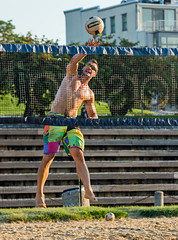 2017-09-04 BBV Men's Doubles (12) (cmfgu) Tags: craigfildespixelscom craigfildesfineartamericacom baltimore beach volleyball bbv md maryland innerharbor rashfield sand sports court net ball outdoor league athlete athletics sweat tan game match people play player doubles twos 2s men
