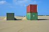 Vlieland - Vliehors - doelen (Dirk Bruin) Tags: vlieland vliehors zuidkant cornfield range koninklijke luchtmacht klu detachement doel doelen doelgebied oefening militair oefenterrein zeecontainer containers inert bomb laser guided gps gbu49 gbu38
