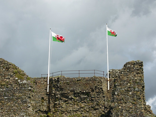 Flags at Criccieth Castle