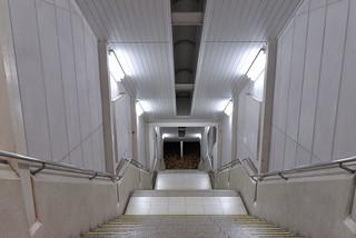 JR横浜線町田駅 午前3時50分 誰もいない。