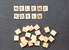 Helene Fischer in Köln 2017 (marcoverch) Tags: noperson keineperson business geschäft text paper papier desktop cube würfel sign schild display anzeigen education bildung shape gestalten texture textur wood holz abstract abstrakt alphabet symbol conceptual begrifflich finance finanzen pattern muster commerce handel money geld