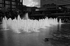 Ghost army (HonleyA) Tags: cityscape water unitedkingdom manchester city pancake 27mm xt10 fujinon fujifilm fuji fountain