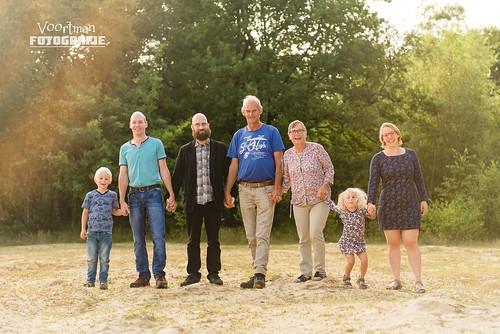 0821 Familieshoot Assen (Voortman Fotografie) WEB-2