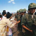 Phù Cát 1973 - Tiễn binh sĩ Đại Hàn về nước thumbnail