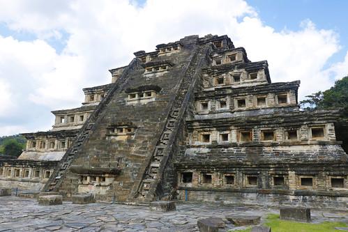 pyramid of the niches, tajin
