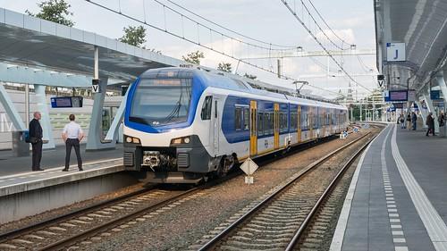 Arnhem Centraal NSR Flirt3 2524 Sprinter 7568 Ede-Wageningen