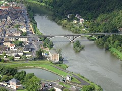 dsc07045 (Mr. Pi) Tags: houses village river bridge hills maas france revin