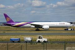 Thai Airways International --- Boeing 777-300ER ---  HS-TKO (Drinu C) Tags: adrianciliaphotography sony dsc rx10iii rx10 mk3 fra eddf plane aircraft aviation thai thaiairwaysinternational 777 boeing 777300er hstko