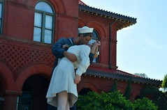 USA Trip 2017 (jaffa600) Tags: unitedstatesofamerica unitedstates usa america stateofflorida florida miami cityofmiami floridakeys thekeys keywest keylargo ww2kiss statue sculpture