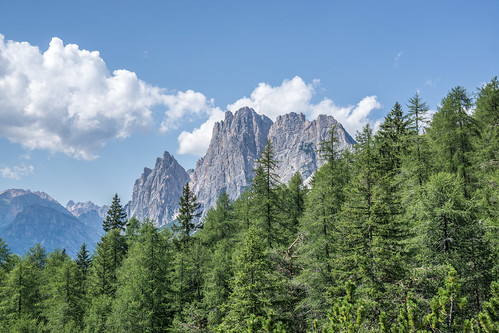 Walking towards Cortina