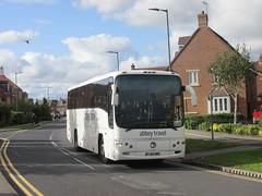 Abbey Travel PJ03NBK Runnymede Ave, Kingswood, Hull on LS2 (1280x960) (dearingbuspix) Tags: schoolbus abbeytravel pj03nbk