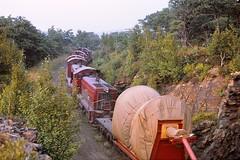 Lehigh Valley 'pups', Solomon Gap, PA, 8/1970 [Explored, September 21, 2017] (miningcamper) Tags: lehighvalleyrailroad lv emd sw8 railroad railway fallenflag copyrightminingcamper