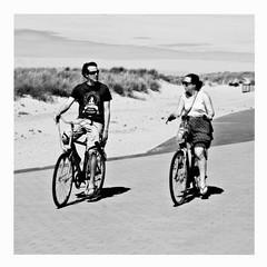 offshore (japanese forms) Tags: ©japaneseforms2017 велосипеды ボケ ボケ味 モノクロ 日本フォーム 自転車 黒と白 bw baidhsagalan bicicleta bicicletas bicicletta biciclette bicycle bicycles bike blackwhite blackandwhite blancoynegro bokeh candid chicane cyklar fahrräder fiets fietsen monochrome offshore pun radfahren random schwarzweis square squareformat strasenfotografie straatfotografie streetphotography vlaanderen woordspeling wortspiel zwartwit