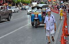bangkok street (poludziber1) Tags: street streetphotography skyline summer city colorful cityscape color colorfull capital urban travel traffic people bangkok thailand