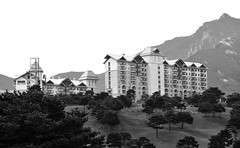 Del Pino Resort #2 (daniel0027) Tags: delpinogolfresort resort monochrome building seoraksanmountain condominium daemyeong goseongkorea pinetrees grass landscape