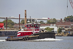 r_170921240_beat0057_a (Mitch Waxman) Tags: killvankull newyorkcity newyorkharbor statenisland tugboat newyork