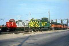 MKT SD40-2 624 (Chuck Zeiler) Tags: mkt sd402 624 railroad emd locomotive bensenville chuckzeiler chz