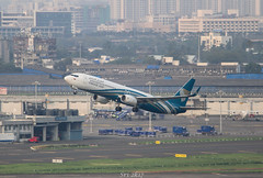 Oman Air (vomm_aviationpictures) Tags: planespotting planes plane photography photo spotting mumbai bom bombay zoom boeing b737 boeing737 airplane aircraft aerodrome airport airlines airways aviation airline shot sunset departure takeoff oman muscat