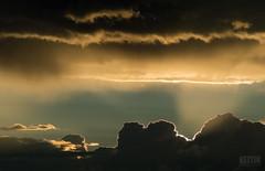 A Place They Call Heaven (Keztik) Tags: nikon d3200 evening dusk soir nuage cloud red orange sky skies ciel crépuscule glow