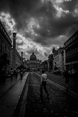 L1220975 (Bruno Meyer Photography) Tags: leicam9 leicam roma visitroma lazio latium streetphotography street architecture skyline people clouds sky rain travel travelphotography photography raw edit lightroom blackandwhite bw blackandwhitephotography darkness light leica leicaimages leicacamera leicaworld archives iloveroma iloveitalia vacanzeromane acasa