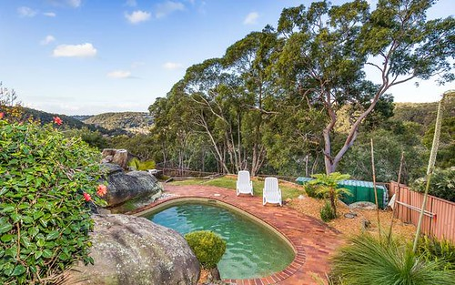 35 Warrangarree Dr, Woronora Heights NSW 2233
