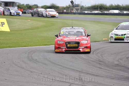 Ollie Jackson in BTCC action at Snetterton, July 2017