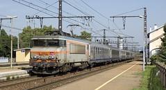 BB 7264, UIC, Corail et USI (SylvainBouard) Tags: sncf railway train bb7200 usi uic corail
