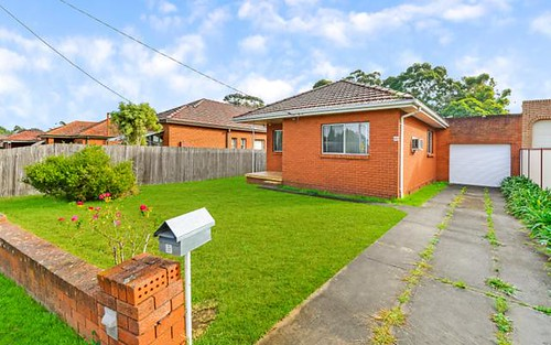 69 Hilltop Rd, Merrylands NSW 2160