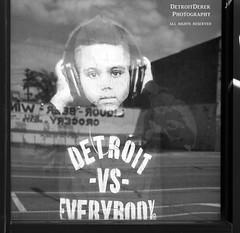 When You're Young You Feel Like You Can Take On The World (DetroitDerek Photography ( ALL RIGHTS RESERVED )) Tags: allrightsreserved detroit 313 downtown urban motown detroitderek motorcity child boy detroitvseverybody takingontheworld confidence shirt headphones music listen nothdr canon 5d mkii digital eos august 2017 midwest usa america