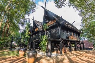 maison noir chiang rai - thailande 23