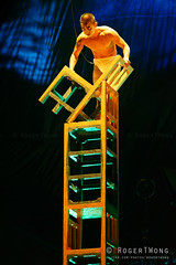 20170804-200-Kooza by Cirque du Soleil - Chair tower (Roger T Wong) Tags: 2017 asia cirquedusoleil kooza rogertwong sel70300g singapore sony70300 sonya7ii sonyalpha7ii sonyfe70300mmf2556goss sonyilce7m2 acrobats balance chair circus holiday performers travel