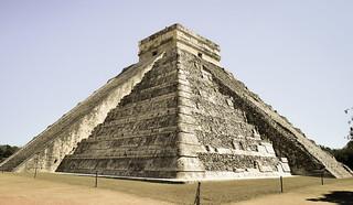 Templo de Kukulkán - El Castillo Chichén Itzá Mexico