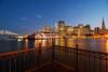 San Francisco zur Blauen Stunde (Lilongwe2007) Tags: san francisco usa amerika skyline blaue stunde architektur nacht dämmerung abend gebäude wasser spiegelung