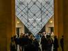 dscn1780 lr Inside Louvre