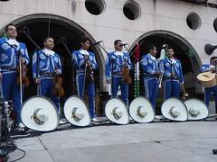 Mariachis en la Fiesta del Grito (salvat1946) Tags: mariachis fiestadelgrito santjoanabadesses