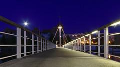 Brücke zum Museumshafen Greifswald (tt-karl) Tags: blue greifswald bridge brücke symmetric symmetrie moon dark night museumhafen hafen 80d canon darktable 1022mm