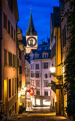 Cobble stone streets of Zurich (-Giep-) Tags: zurich cobblestonestreets gideonmalherbephotography citystreets