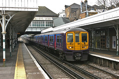 Farewell 319s (1) (Bingley Hall) Tags: uk england britain london rail railway railroad transport train transportation trainspotting suburban commuter publictransport thirdrail 750v dc thameslink firstcapitalconnect fcc class319 emu electricmultipleunit sutton station platform canopy