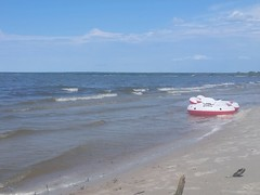 A day at Patricia Beach (canadianlookin) Tags: patriciabeach lakewinnipeg beach swim sand august 2017