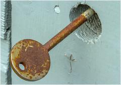 Macro Mondays – Rust (Haggis Hag) Tags: the rusted key garden shed macromondays canon 7d macro mondays 100 100mm f28 usm ef challenge theme