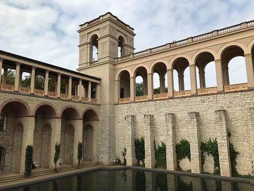 Belvedere walls