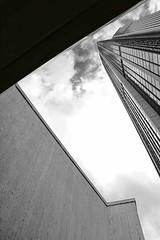 Montparnasse Tower (jeffclouet) Tags: paris france europe capital nikon nikkor d7100 montparnasse pb nb bw monochrome moderno moderne modern minimal architecture arquitectura abstract abstrait abstracto tower torre tour immeuble edificio building city ville cuidad urbano urbain urban triangle triangulo skyline skyscrapers lines facade fachada