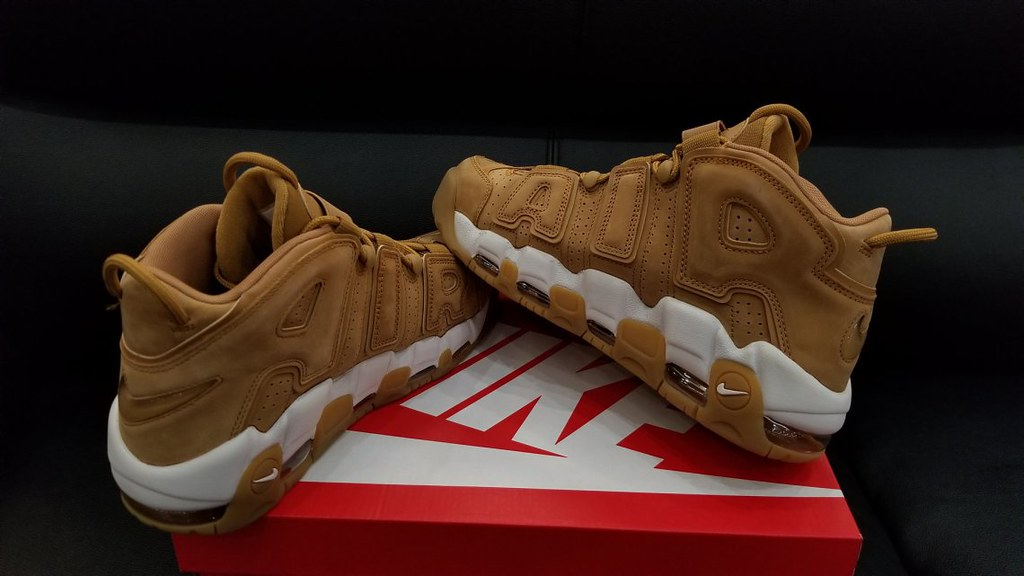 The World's Best Photos of nike and uptempo Flickr Hive Mind