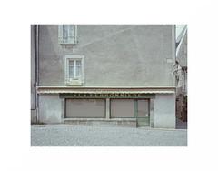 "(""Que la bête meure"") Tags: pentax67 smcpentax6775mm45 kodakektar100 analog film focalefixe manualfocus moyenformat mediumformat mf avendre closed"