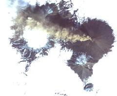NASA Satellite Images Erupting Russian Volcano (NASA's Marshall Space Flight Center) Tags: nasa marshall space flight center msfc jpl jet propulsion laboratory earth terra satellite volcano