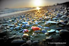 Beach & Red Stone (vszy) Tags: izmir özdere turkey türkiye türkisch beach sahil strand sun sunlight sunset